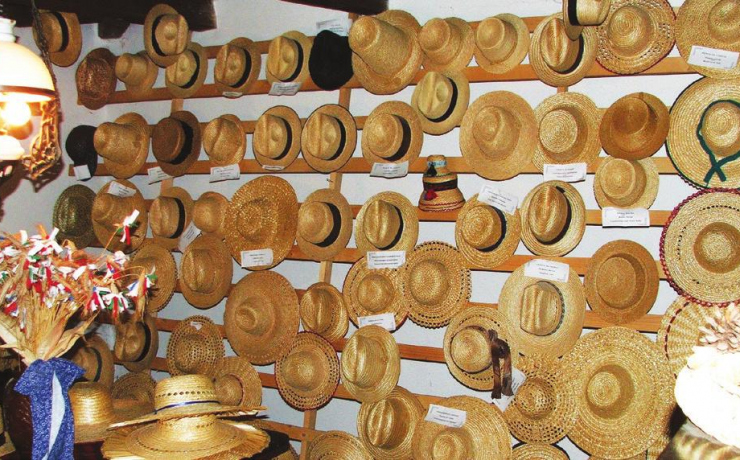The Straw Hat Museum Crișeni
